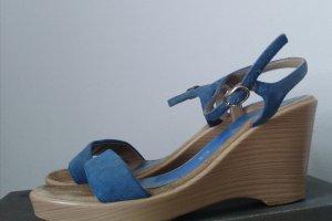 Unisa Platform High-Heeled Sandal neon blue