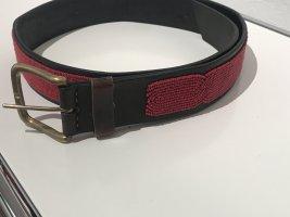 Unisex brauner Ledergürtel 32, handgefertigt Maasai Mara beaded leather belt mit roten Perlen bestickt