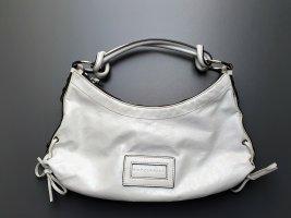 Unterarmtasche aus feinem Leder