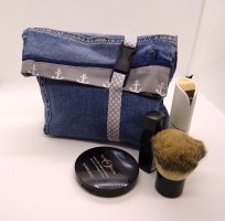 Upcycling Hugo Boss Jeans: Denim-Kosmetiktasche /Cosmetic Bag /Accessoire #Handmade
