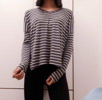 Zara V-Neck Sweater white-grey