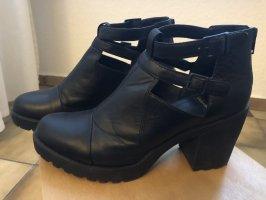 Vagabond Platform Booties black leather