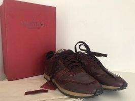 Valentino Garavani Rockstud Sneaker, Rockrunner, Rubin, Größe 39