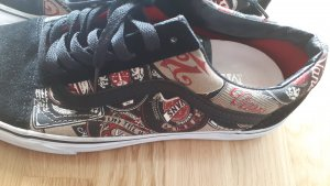 "Vans ""of the Wall"" Limitierte Edition"
