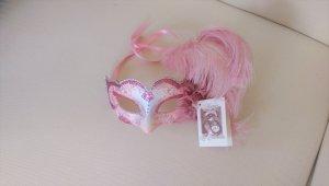 Copricapo bianco-rosa