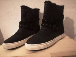 -8- Venice Snow Boots black