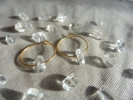 Vergoldete Ohrringe mit Edelstein