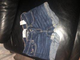 Verkaufe eine Hollister Shorts in der Größe O ,neu