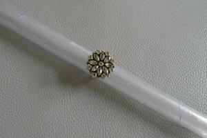 Verzaubernde Peridots, Ring aus 925 Silber