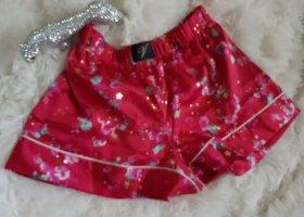 Victoria's Secret glänzende Satin Short  Gr. S KP 36 €