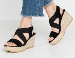 vidoretta Platform High-Heeled Sandal black