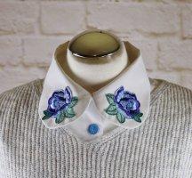 Vintage 80er Weiß Kragen Einsatz Bluseneinsatz One Size Stickerei Rosen Blau Blumen Bubikragen Krageneinsatz