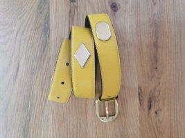 Aigner Cinturón de cuero amarillo pálido