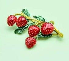 Vintage Brosche Erdbeeren