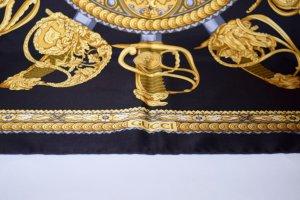Gucci Panno di seta blu scuro-oro Seta