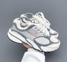 """Vintage Nike """"Pegasus"""" DAD Sneakers"""