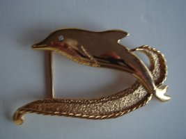 Vintage Brooch gold-colored metal