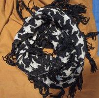 H&M Woolen Scarf white-black