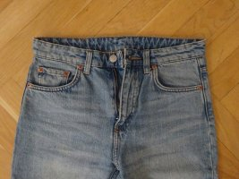Weekday Mid/High Waist Washed Blue Jean