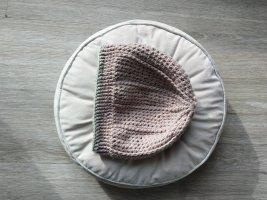 Crochet Cap light grey-dusky pink