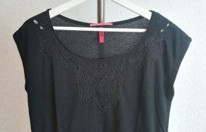 Weiches T-Shirt mit durchbrochenem Muster