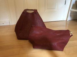 Weinrote Handtasche aus Echtleder