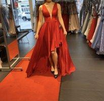 Suknia balowa ciemnoczerwony