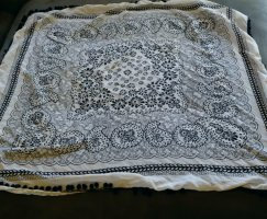 Vero Moda Arafat sjaal wit-donkerblauw