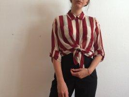 weiß-rot gestreifte Bluse
