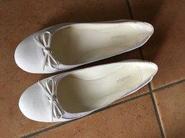 weisse Ballerinas, Neu und ungetragen
