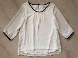 Weiße Bluse mit