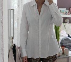• Weiße Hemdbluse von S.Oliver
