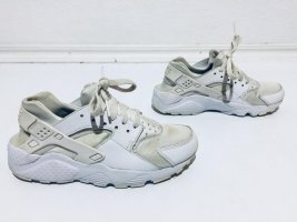 Weiße Nike Sneaker Gr.36,5