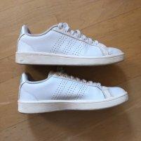 Weiße Sneaker Adidas