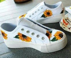 weiße Sneaker mit Sonnenblumen NEU Custom Made