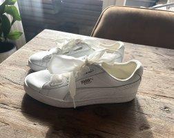 weiße Sneaker von Puma Neu