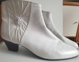 Weiße Stiefeletten Leder, neuwertig