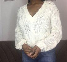 Weißes Pullover