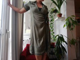 Apriori Kopertowa sukienka khaki