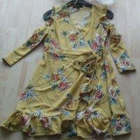 Romeo & Juliet Couture Vestido cruzado amarillo