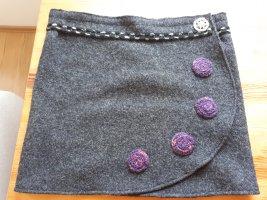 Falda cruzada gris antracita