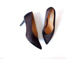 wie neu &Other Stories Pumps Gr. 40 schwarz satin kitten heels Spitze