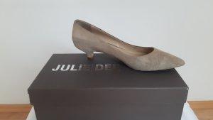 Pumps in spitzer Form von Julie Dee, Größe 38,5
