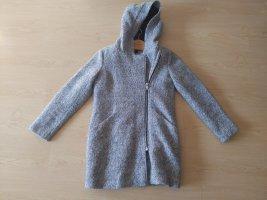 Reserved Gabardina tipo vestido gris claro