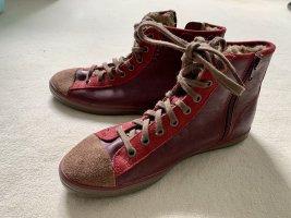 Wintersneaker#Fellfütterung
