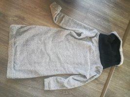 Wollkleid mit xxl kragen
