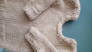 Wollpullover handmade 40 beigebraun