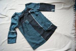 wunderschöne Bluse in verschiedenen Blautönen
