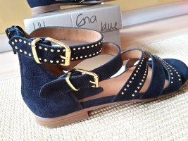 Wunderschöne dunkelblaue Sandalen,  mit goldenen Nieten