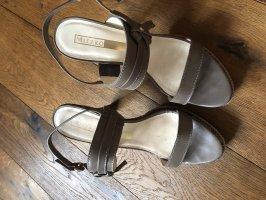 Wunderschöne Leder Sandalen - Sonderpreis